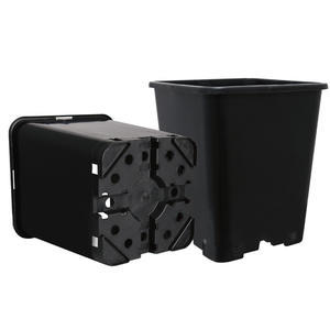 SQUARE PLASTIC POT 5,5L